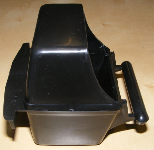 Black Feedee Feeder http://lentradirect.shopfactory.com/contents/en-us/d2_01.html